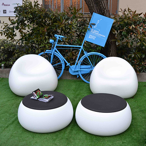 Lovely Plust Gumball Garden Furniture by Euro 3 Pla