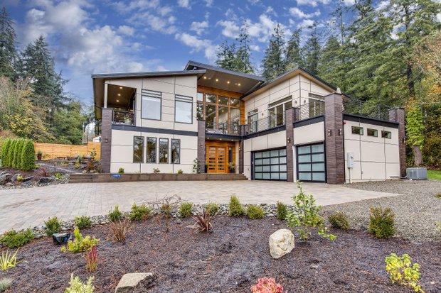 Modern House Plans, Floor Plans & Designs - Houseplans.c