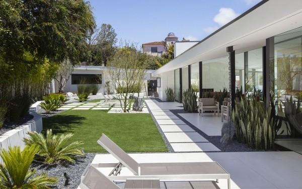 Grounded Modern Landscape Architecture Spotlighted - San Diego .
