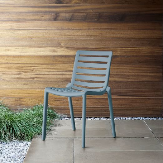 Stackable Slat Outdoor Chairs (Set of