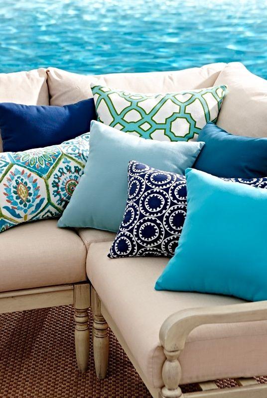 Outdoor Pillows - Outdoor Throw Pillows - All Weather Pillows .