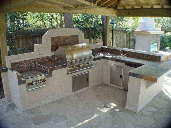 20 Fancy Modular Outdoor Kitchen Designs | Home Design Lov