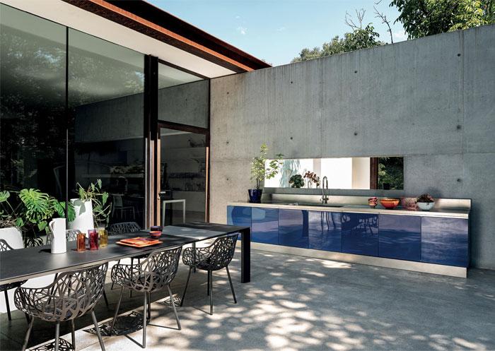 66 Modern Outdoor Kitchen Ideas and Designs - InteriorZi
