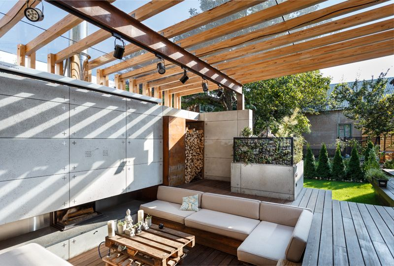 Beautifully Designed Outdoor Lounge Area in Ukraine | Home Design .