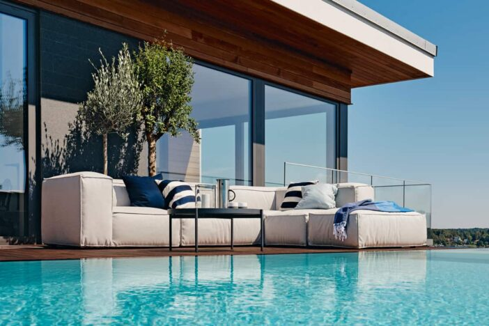 Outdoor Furniture Materials Guide - How to Choose the Be