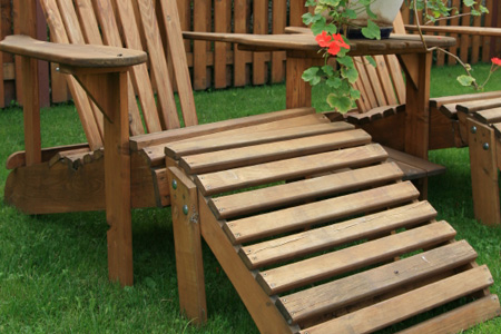 How to Paint and Stain Patio Furniture | DIY: True Value Projec
