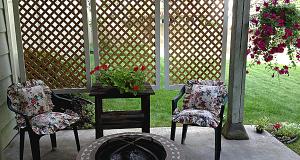 DIY Patio Privacy Screens | The Garden Glove | Easy patio, Diy .