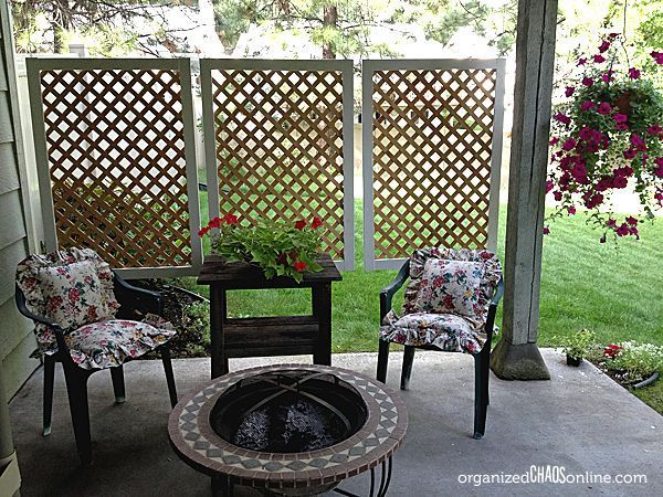 How to Make an Easy Patio Privacy Screen | Easy patio, Diy privacy .