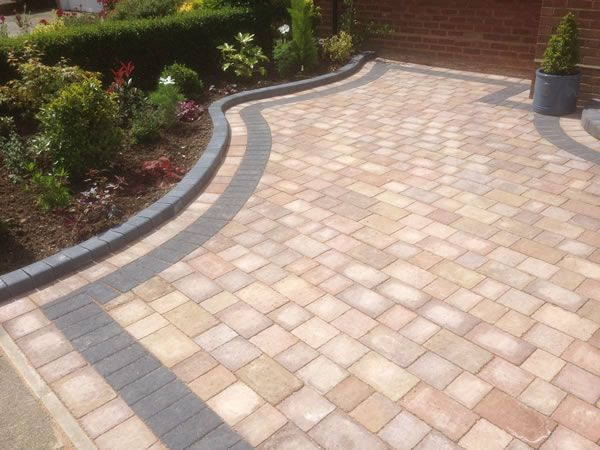 images of driveway borders - Google Search | Front garden ideas .