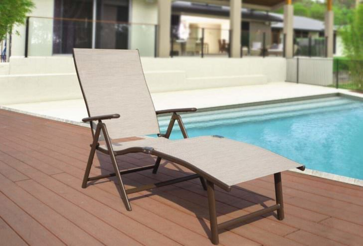 10 Most Comfortable Poolside Lounge Chairs [ 2020 Updated
