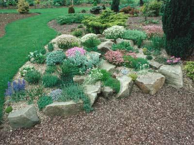 How to Build a Rock Garden | HowStuffWor