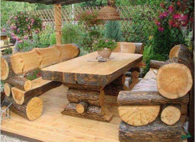 20 Amazing DIY Wood Log Projects For Your Home   Rustic patio .