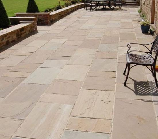 Sandstone Paving in Backyard - World of Stones USA Blog | Natural .