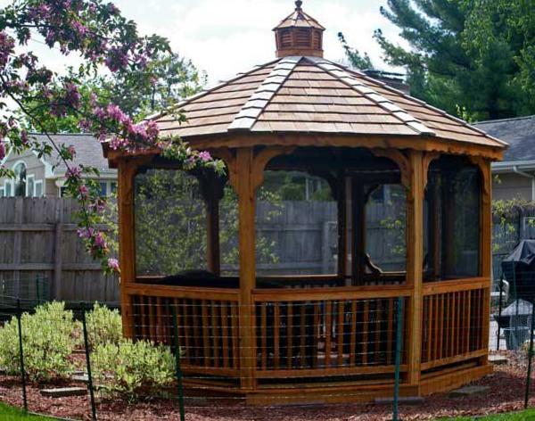 Traditional Elegant Octagon Screened Gazebo | Garden Landsca