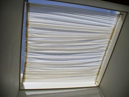 How to Make a Skylight Shade | Diy skylight, Skylight shade .