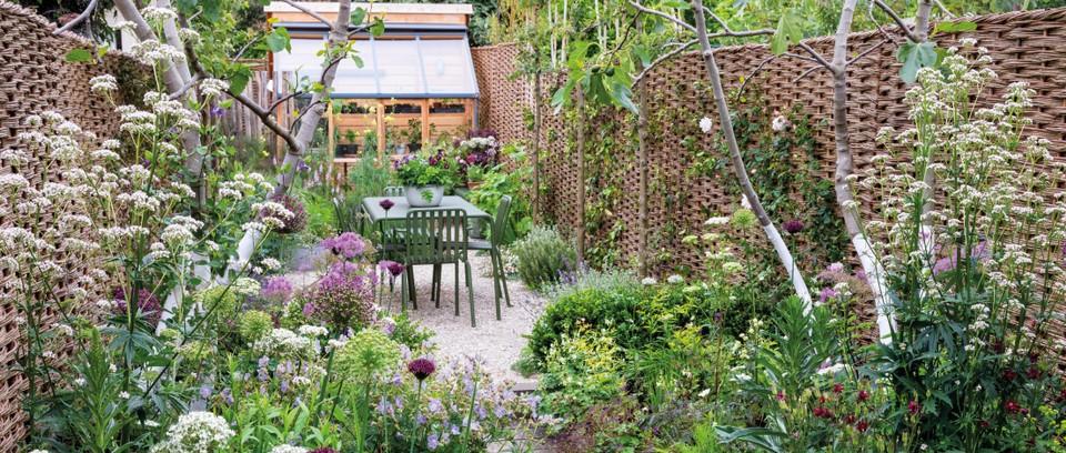 Small gardens tips - Gardens Illustrat