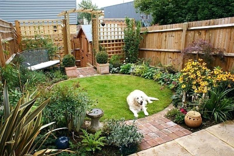 Related image | Small back gardens, Small gardens, Garden design .
