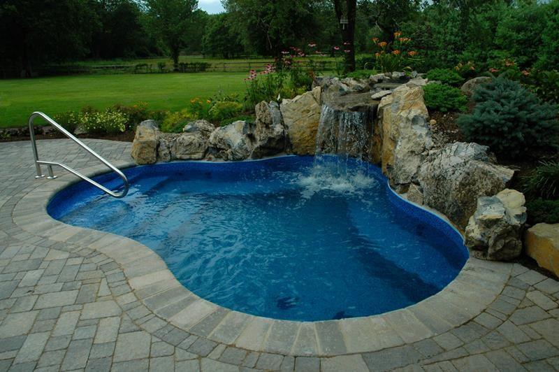 23 Amazing Small Swimming Pool Designs | Small inground pool .