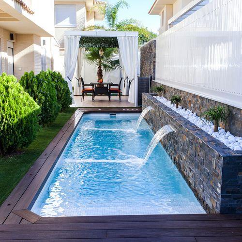 Pool Design Ideas, Remodels & Photos | Small backyard pools .