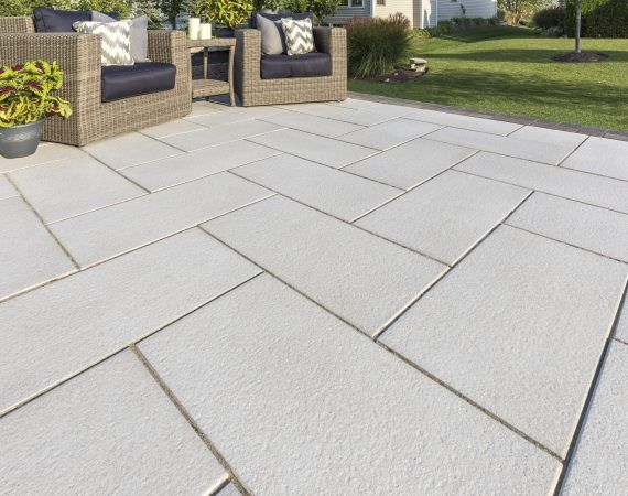 Patio with a beautiful Soreno large format paver - Photos | Large .