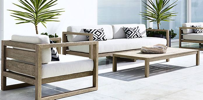 Patio Furniture and Decor Trend: Bold Black and Whi