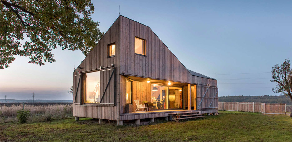Energy Efficient Wooden House Zilvar by ASGK Desi