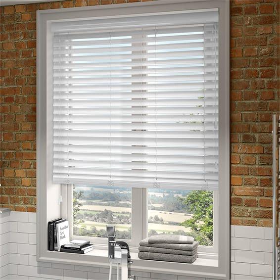 Get White venetian blinds of Quality – Decorifus