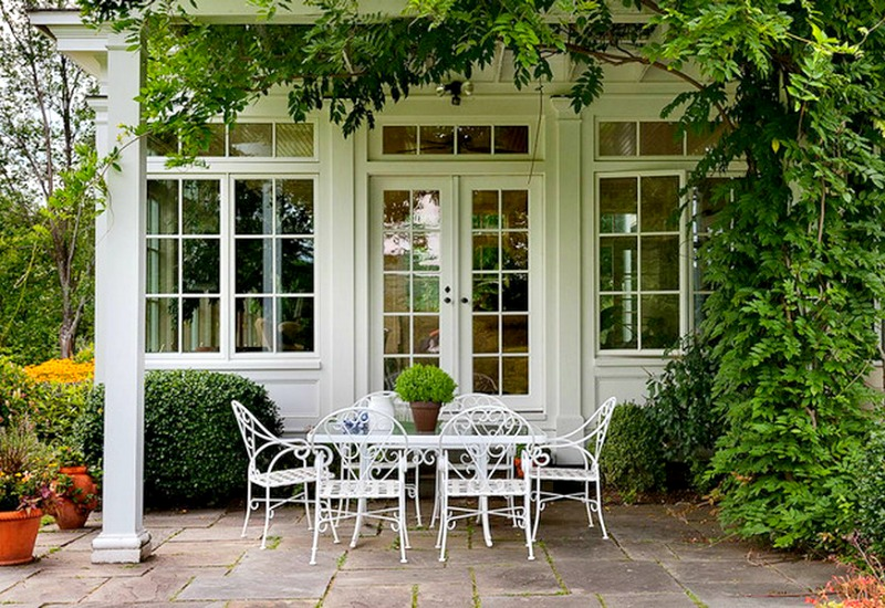 10 New Ways to Think About Wrought Iron for the Garden or Pat